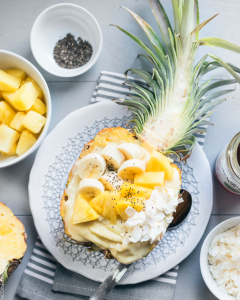 pineapple smoothie bowl