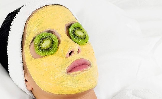 summer pineapple face mask