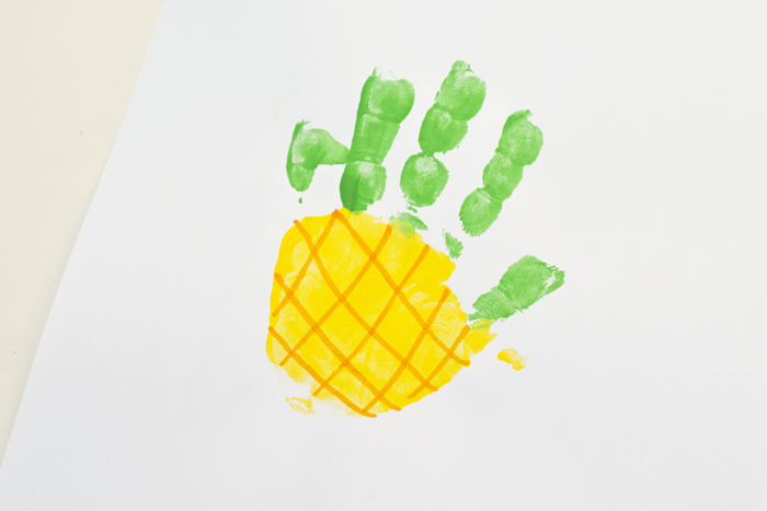 kid-friendly pineapple crafts fingerpaint