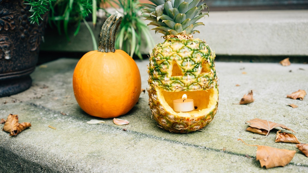pineapple halloween party