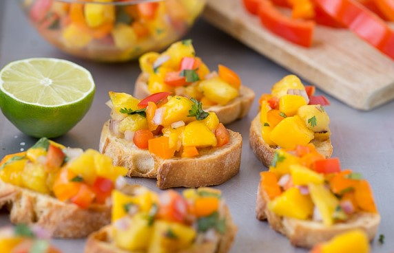 Pineapple Bruschetta Recipe