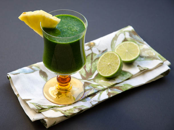 tropical pineapple green juice