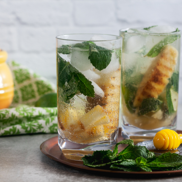 pineapple cocktail mojito