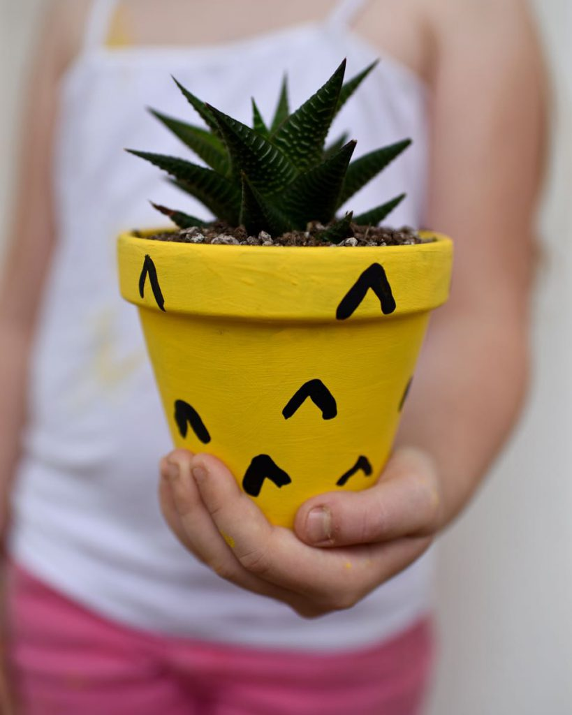 Pineapple Back-to-School Crafts